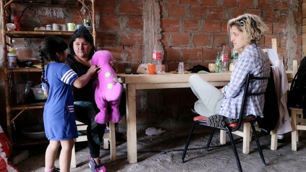 Marta se esfuerza para que las reuniones y actividades por Johana no afecten a sus hijos e hijas