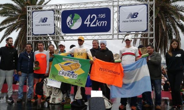 El podio masculino con el argentino Nicolás Ternavasio que fue 3°