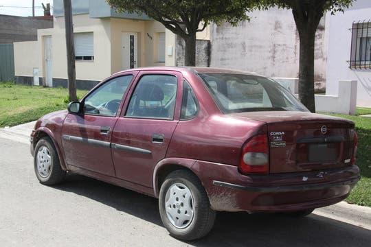 El Chevrolet Corsa de los supuestos captores. Foto: Enviado especial / Guadalupe Aizaga
