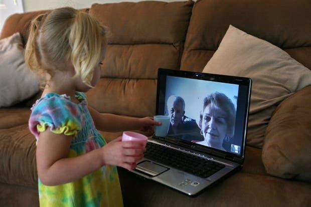 La nueva versión de Skype permite dejar mensajes de video grabados