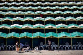 En La Perla, en Mar del Plata, muchas carpas no se alquilaron