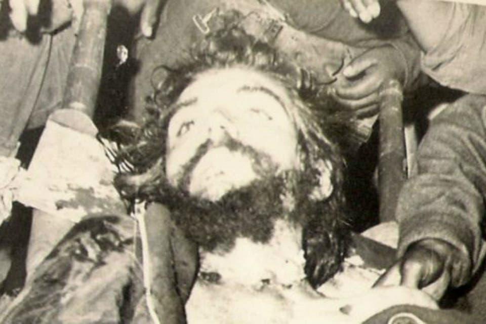 Las Fotos Del Cadáver Del Che Olvidadas Por Décadas En Un