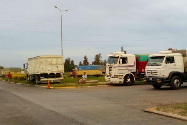 Los camioneros quieren que la AFIP regule el pago de referencia que figura en las cartas de porte