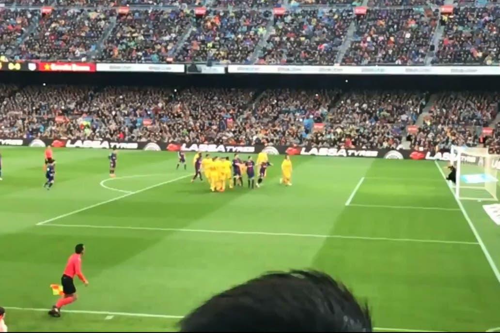 ¿Maradona le enseñó a Messi la técnica para patear los tiros libres?