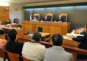 """El tribunal, en plena sesión en uno de los últimos juicios por la """"megacausa del Registro de la Propiedad"""""""