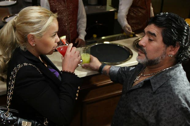 Ojeda y Maradona en su época en Dubai