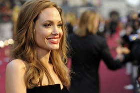 Angelina Jolie se sometió a una doble mastectomía para evitar un futuro cáncer de mama