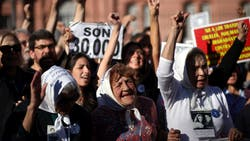 Las Madres de Plaza de Mayo conmemoraron 40 años de lucha con actos