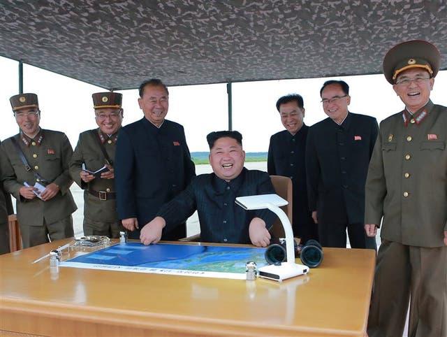 Kim volvió a festejar la nueva provocación de su régimen