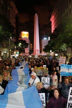 Reclamos en repudio a la corrupción, la inseguridad y la inflación. Foto: LA NACION / Rodrigo Néspolo