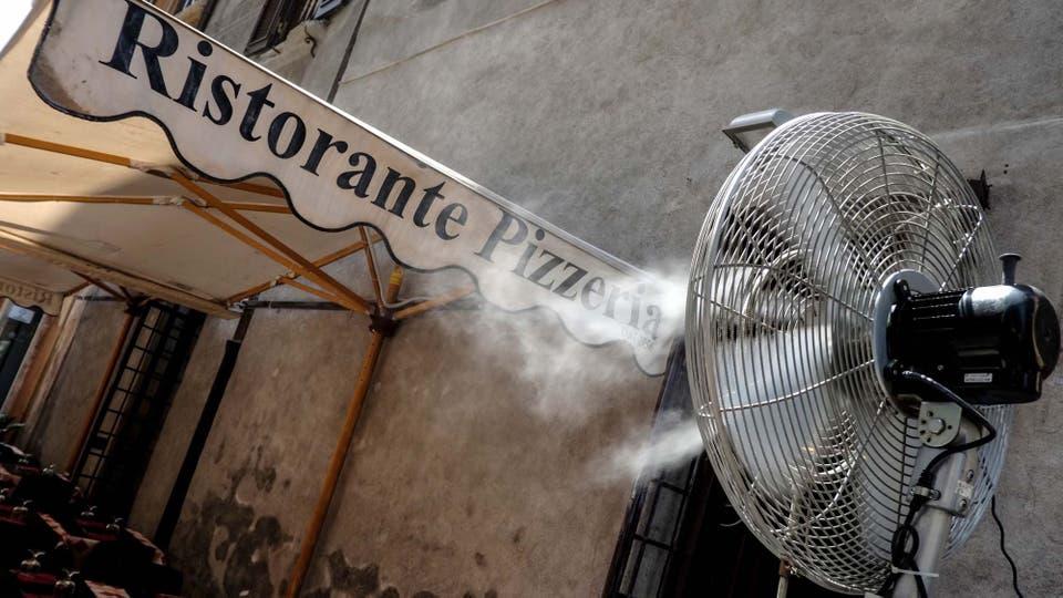 To las soluciones son válidas para refrescarse. Foto: AFP