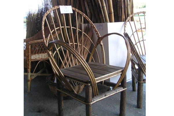 Consejo: las sillas de mimbre del puerto de Frutos del Tigre, son muy económicas e ideales para pintar del color que quieras..