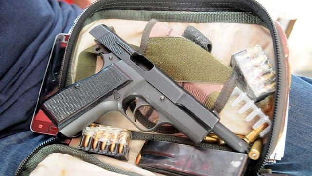 La pistola calibre 9 milímetros que le encontraron a Monteros