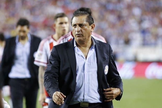 Ramón Díaz abandonó el cargo