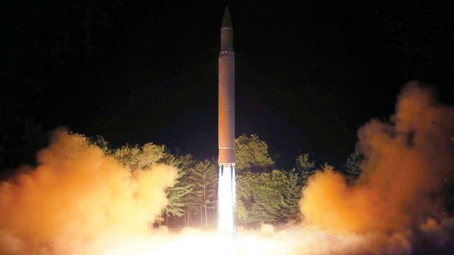 """Pyongyang llama a Trump """"un viejo lunático que nadie sabe cuándo desatará una guerra nuclear"""""""