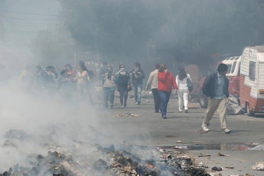 Protesta frente a la Legislatura provincial contra el proyecto impulsado por Peralta. Foto: OPI Santa Cruz