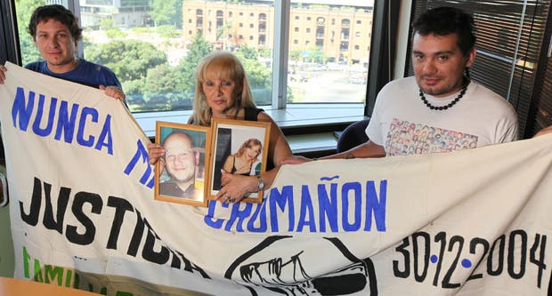 Ariel Revetria, Rosa María David y Cristian Cáceres luchan para que Cromañón no se olvide