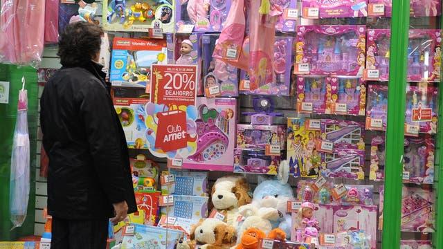 Los juguetes que mayor aumento registraron fueron los rompecabezas, el Monopoly y las mu?ecas Barbie