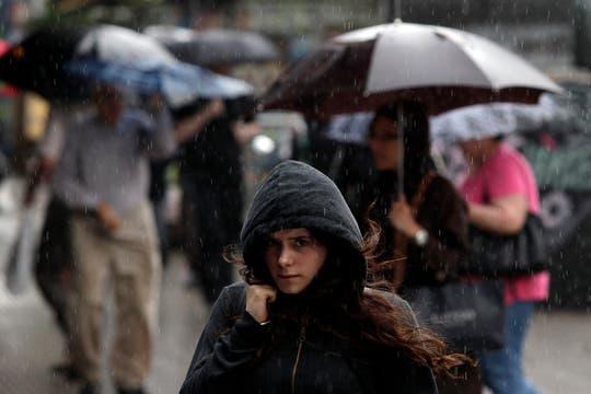 Lluvia y alerta de granizo en Buenos Aires. Foto: LA NACION / Aníbal Greco
