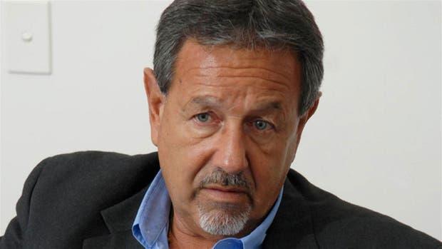 Roberti aseguró que el 90 por ciento del massismo votaría a Scioli si se enfrentara con Macri en un balotaje