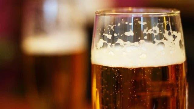En las cervezas, el maridaje se puede dar por el color