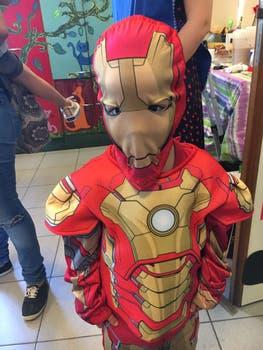 Uno de los pequeños superhéroes.