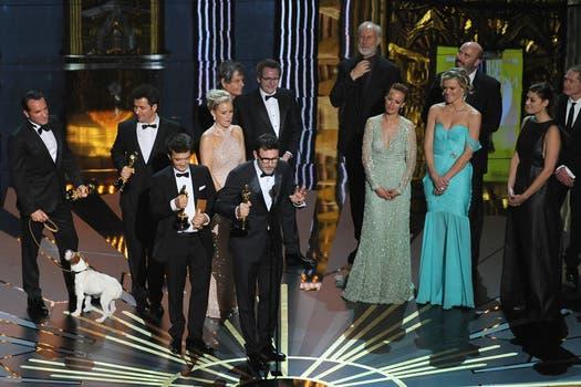 Elenco de El artista, ganadora a mejor película. Foto: AFP