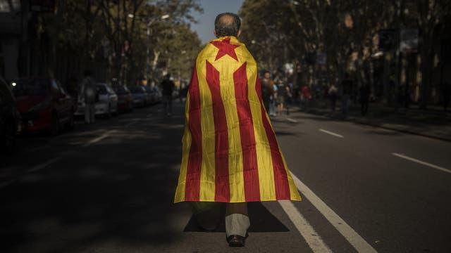 """Los legisladores catalanes estudian la manera de """"aprobar"""" ese texto sin votarlo en forma explicita"""