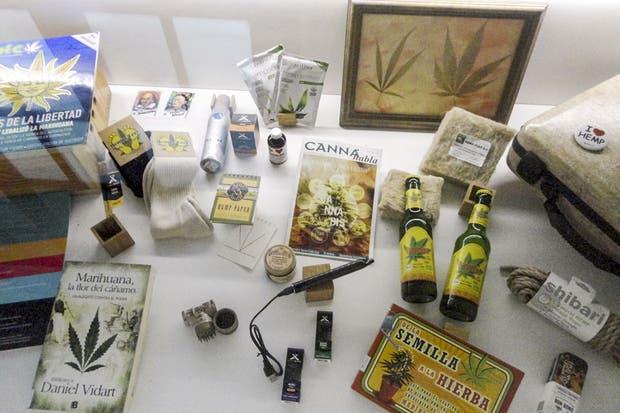 El museo exhibe elementos relacionados con el cultivo y el uso medicinal y recreativo.