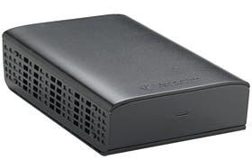 Los discos rígidos externos pueden tener una capacidad de hasta 2 terabytes; muchos requieren de una fuente de alimentación externa (no les alcanza con el USB)
