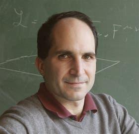 Juan M. Maldacena, el notable científico
