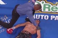 """¿El KO del año? """"Canelo"""" Alvarez venció a Amir Khan con un derechazo demoledor"""