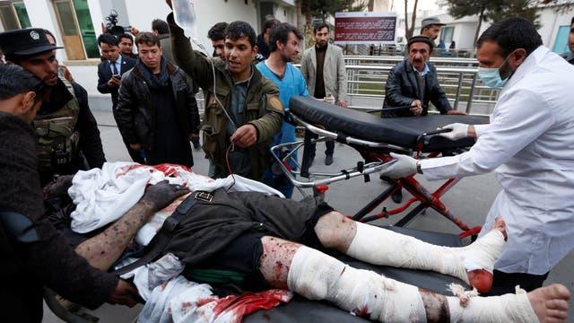 Doble atentado suicida frente al Parlamento en Kabul: al menos 28 muertos