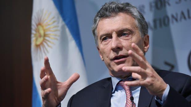 Mauricio Macri inició su gira asiática por Emiratos Árabes