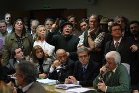 Los productores del campo reclamaron a los gritos que los diputados debatieran sobre las retenciones