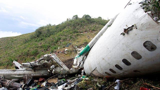 Así quedó el avión del accidente