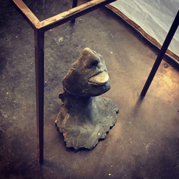 En el stand de la galería Imagen, en arteBA Focus, Andrés Piña hizo transpirar a sus esculturas
