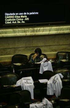 Escándalo en la Cámara de Diputados; gritos y forcejos en la votación en particular de la reforma del Consejo de la Magistratura. Foto: LA NACION / Mariana Araujo