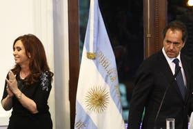 Cristina Kirchner y Daniel Scioli, cada vez más distanciados