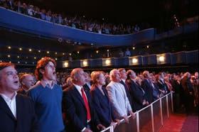 UNEN celebró su lanzamiento en el teatro Broadway