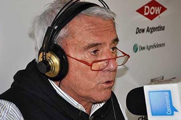 En su programa de radio Fernando Bravo denuncia el robo en su casa