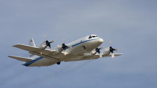 Ayer se sumó un avión de la NASA