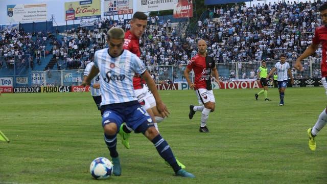 Atlético venció a Colón en Tucumán