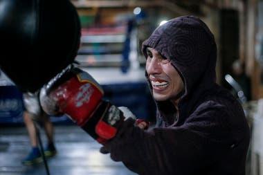 Mas de veinte gimnasios en la ciudad y en el interior de Córdoba, albergan a chicos de la calle que practican boxeo