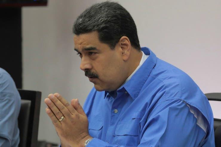 Nicolás Maduro acelera su precampaña electoral