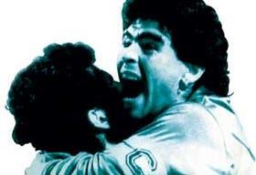 Maradona en Nápoles, una de sus mejores etapas