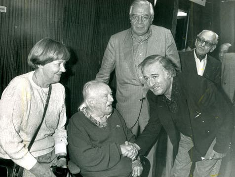 Aqui Junto aRafael Alberti, ariel Ramirez,  Cesar Isella, y  Osvaldo Pugliese. Foto: Archivo