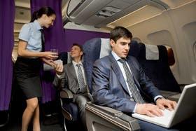 Gema Ligero, exazafata de varias compañías y autora del blog TeleAzafata explicó que es lo que menos gusta al personal de cabina, lo que menos soportan de la conducta de los pasajeros.
