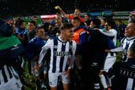 Talleres derrotó a Boca Unidos y quedó a un paso del ascenso a Primera