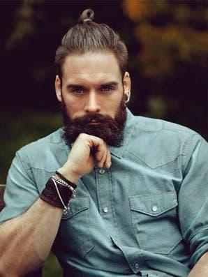 Mun: la moda de hombres con rodetes ¿va o no va?